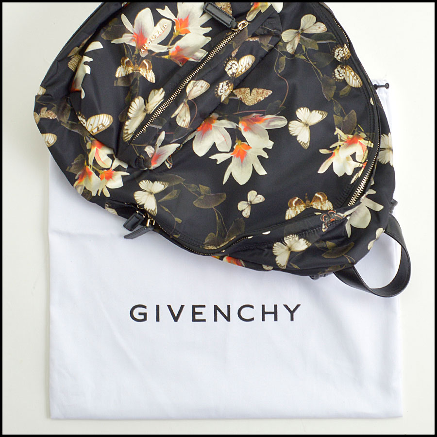 RDC8855 Givenchy backpack includes