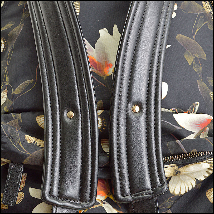 RDC8855 Givenchy backpack handle 2