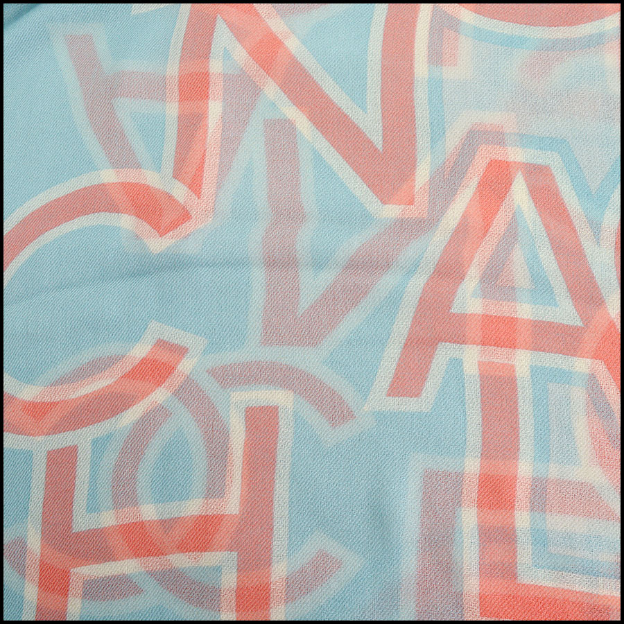 RDC11112 Chanel Blue Pink Ivory Cashmere Scarf Wrap close up