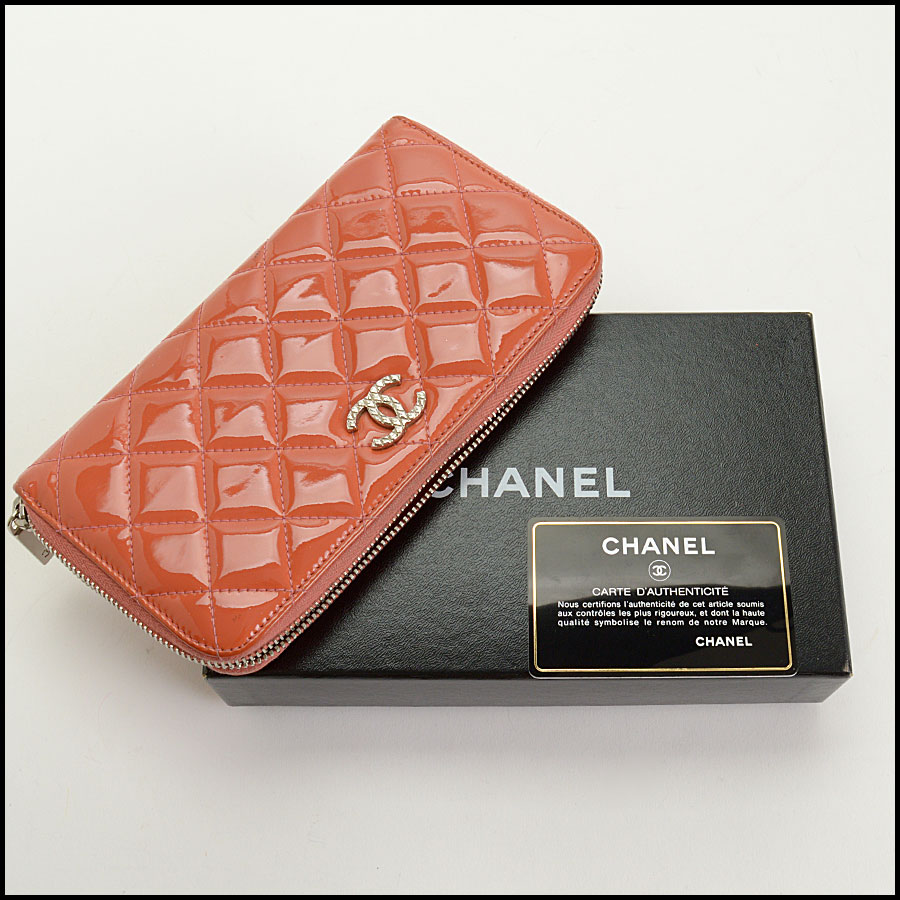 RDC10943 Chanel Melon Patent Quilted Leather Zip Wallet includes