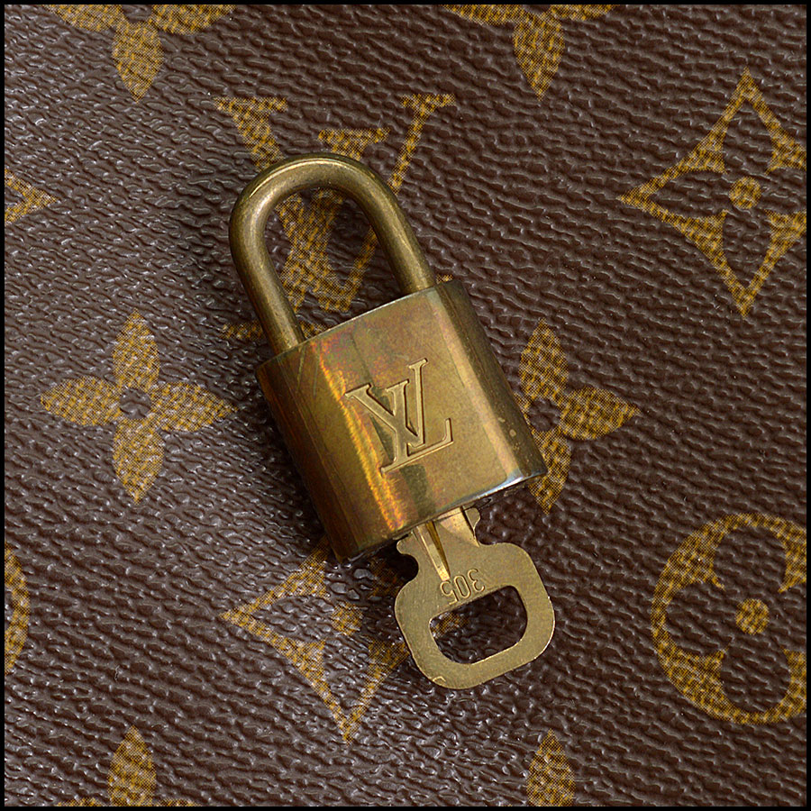 RDC10402 Louis Vuitton Keepall Bandouliere 55 includes