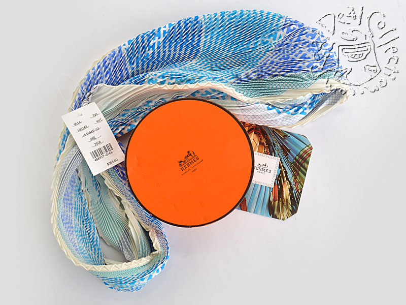 Hermes Blue H en Bias Pleated Silk Scarf Box