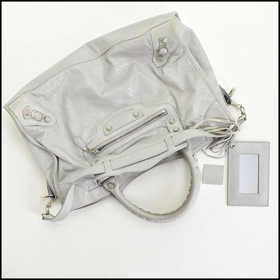 RDC9673 Balenciaga Gris Ciment Lambskin 12mm Silver Giant Hardware City Bag includes