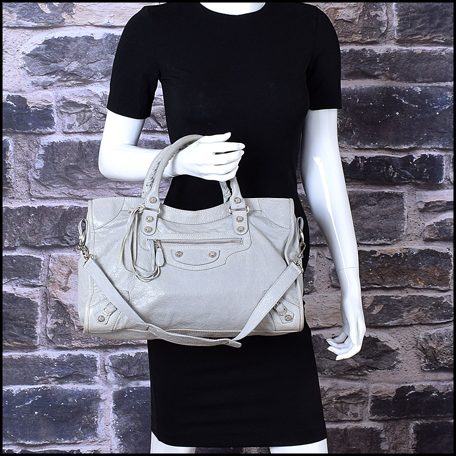 RDC9673 Balenciaga Gris Ciment Lambskin 12mm Silver Giant Hardware City Bag model