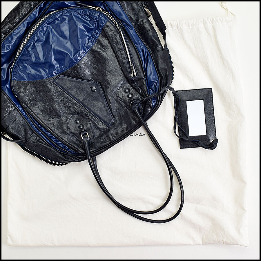 RDC8975 Balenciaga Blue Parachute Bag includes