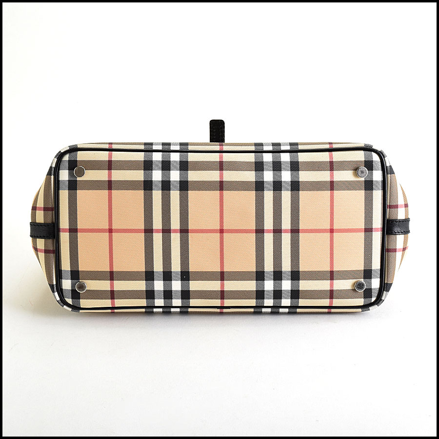 RDC9448 Burberry Nova Check Satchel bottom