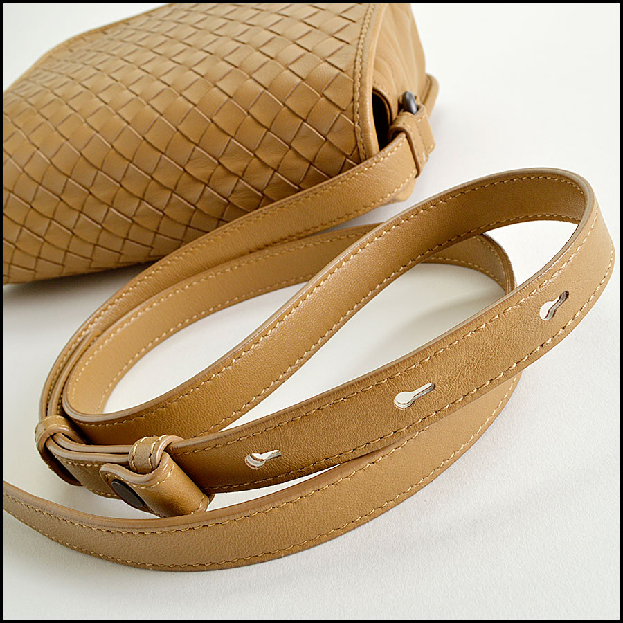 RDC8234 Bottega Veneta Camel Intrecciato Woven Leather Crossbody handle