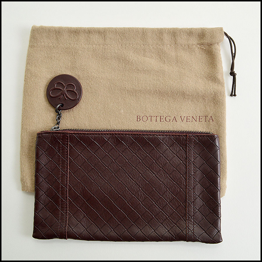 RDC8047 Bottega Veneta Dark Brown Pouch