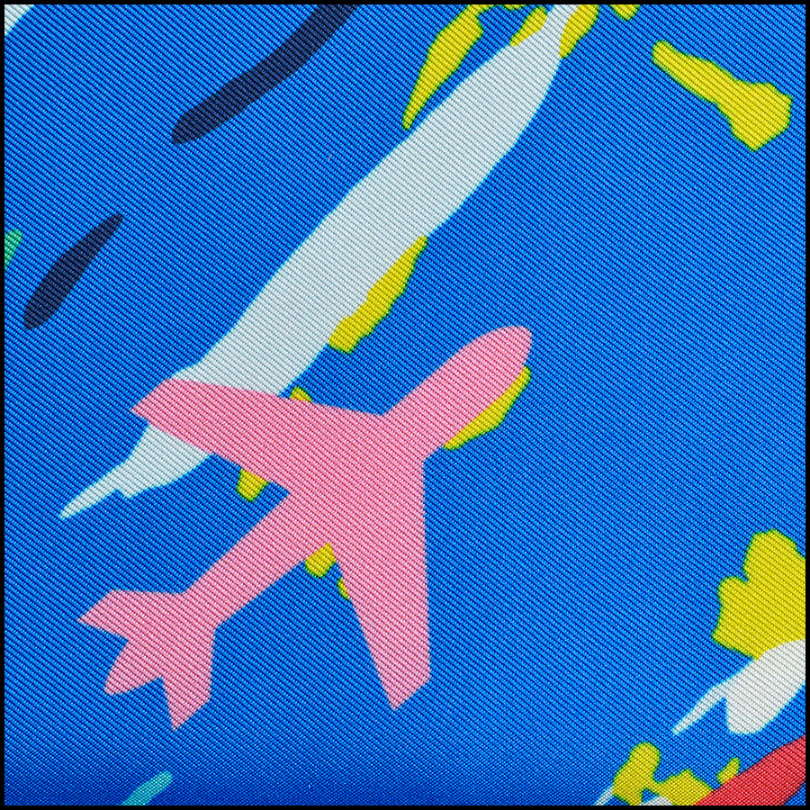 RDC8755 Chanel abstract airplane scarf close up
