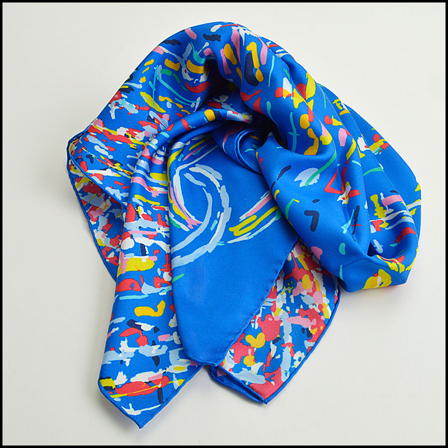 RDC8755 Chanel abstract airplane scarf fold
