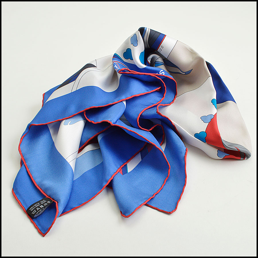 RDC8800 Chanel Red/Blue Airlines Scarf fold