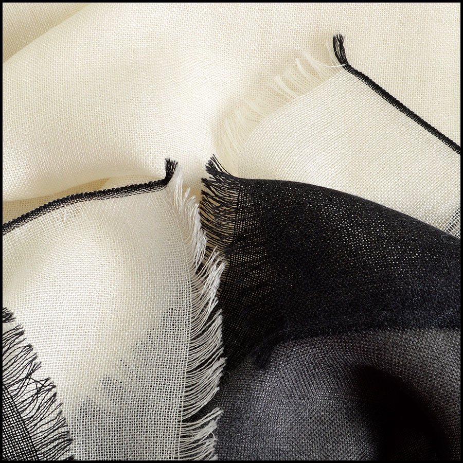 RDC8024 Chanel Cream and Black ombre scarf close up