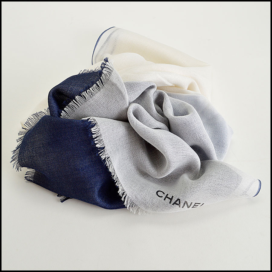 RDC8023 Chanel Cream and Blue ombre scarf fold