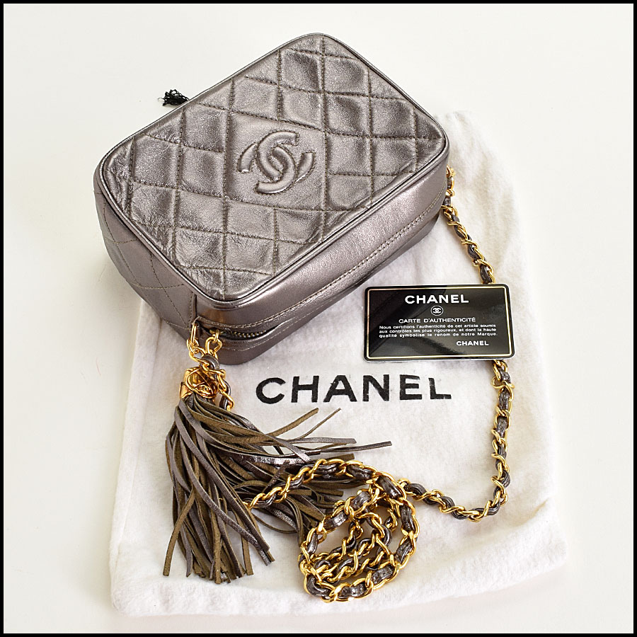 RDC8697 Chanel Metallic Camera Bag includes