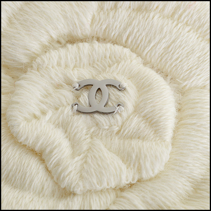 Chanel ivory emroidered camillas 8001 close up 2