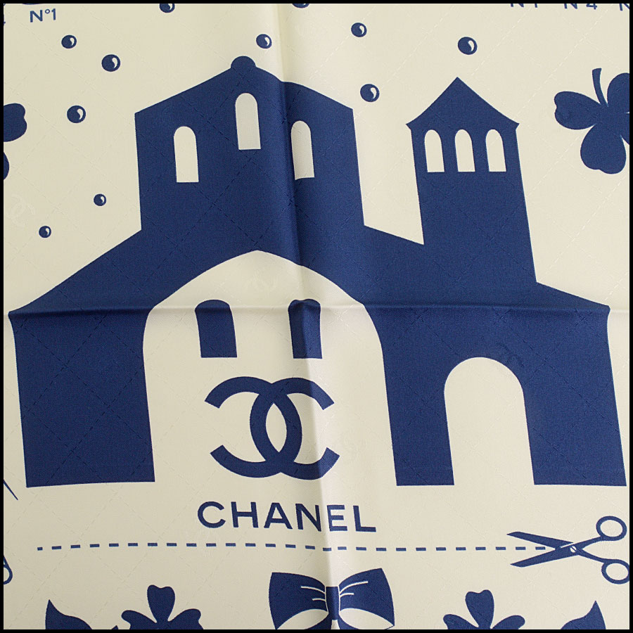 RDC9749 Chanel Spring '17 Cream & Navy Heritage 90cm Silk Scarf  close up