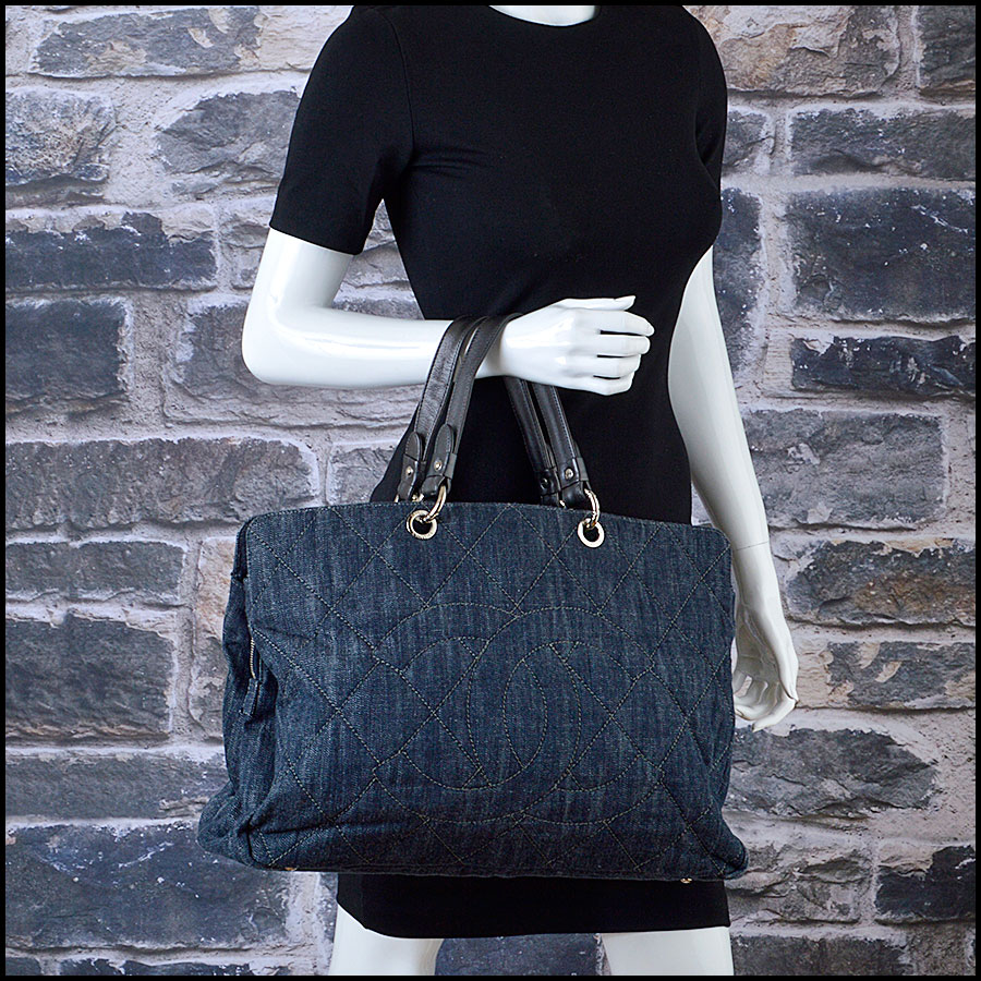 RDC8475 Chanel Denim Quilted Grand Shopping Tote model