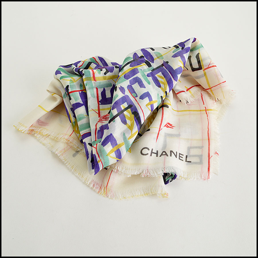 RDC8021 Chanel Green Multicolor brush strokes shawl fold