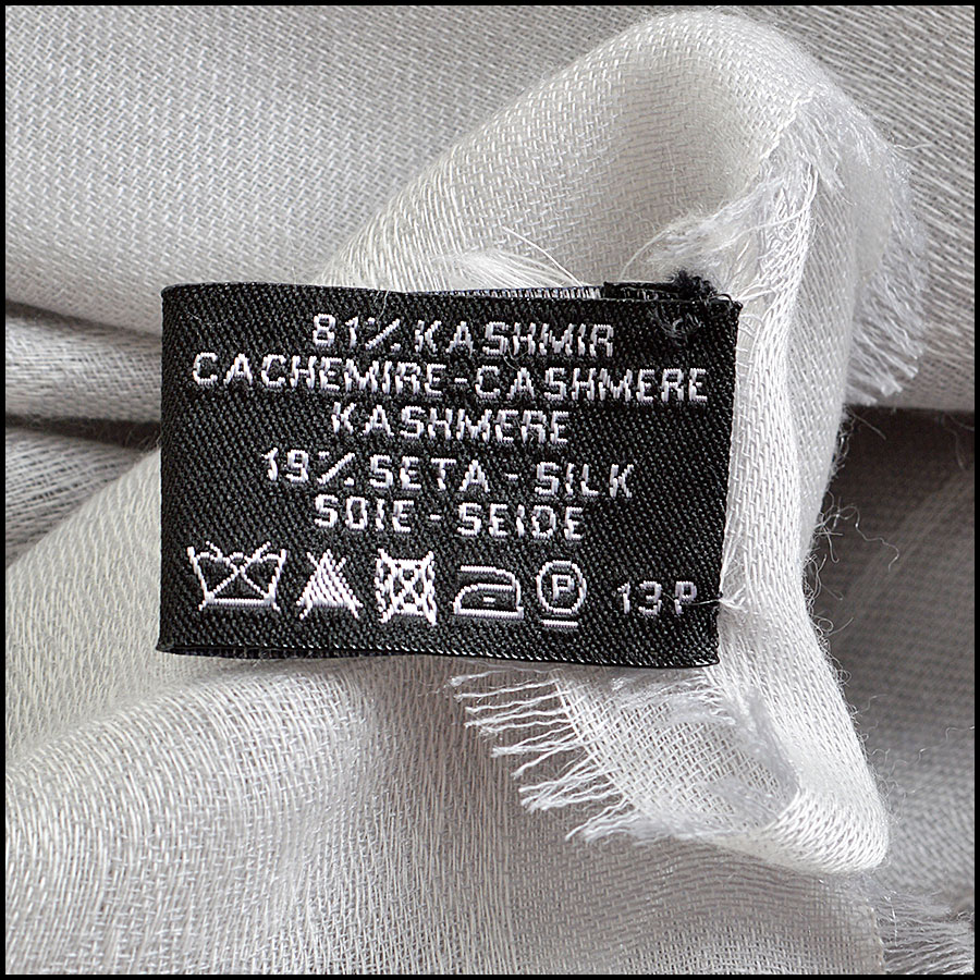 RDC8003 Grey across the globe long scarf tag 1