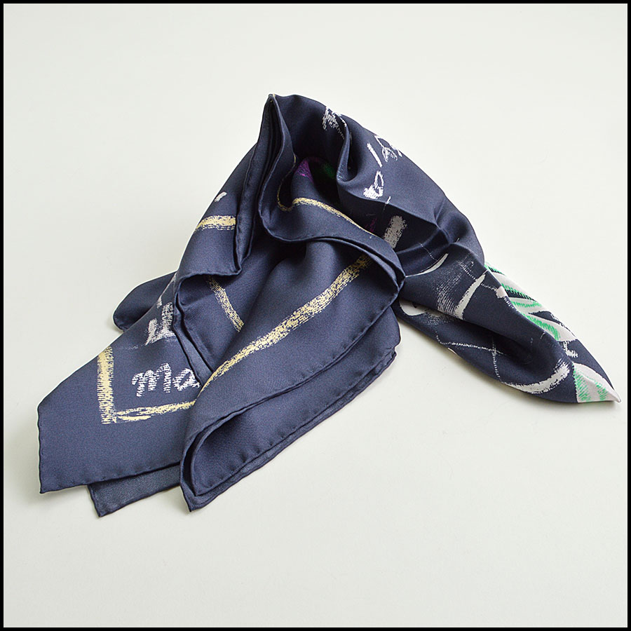RDC8802 Chanel Navy Handwritten ideas scarf fold