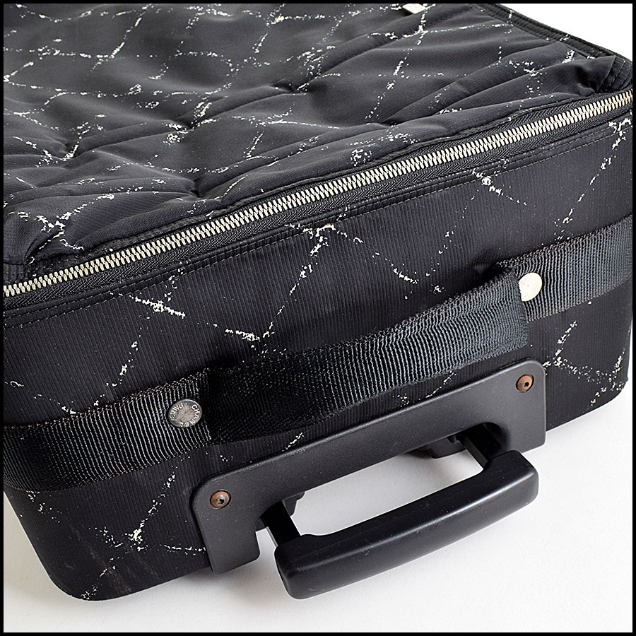 RDC9110 Chanel Carry On handle