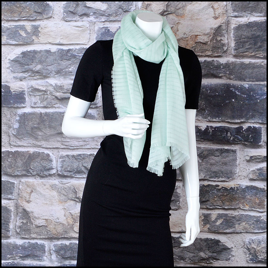 RDC8004 Light green stripes and logo scarf model