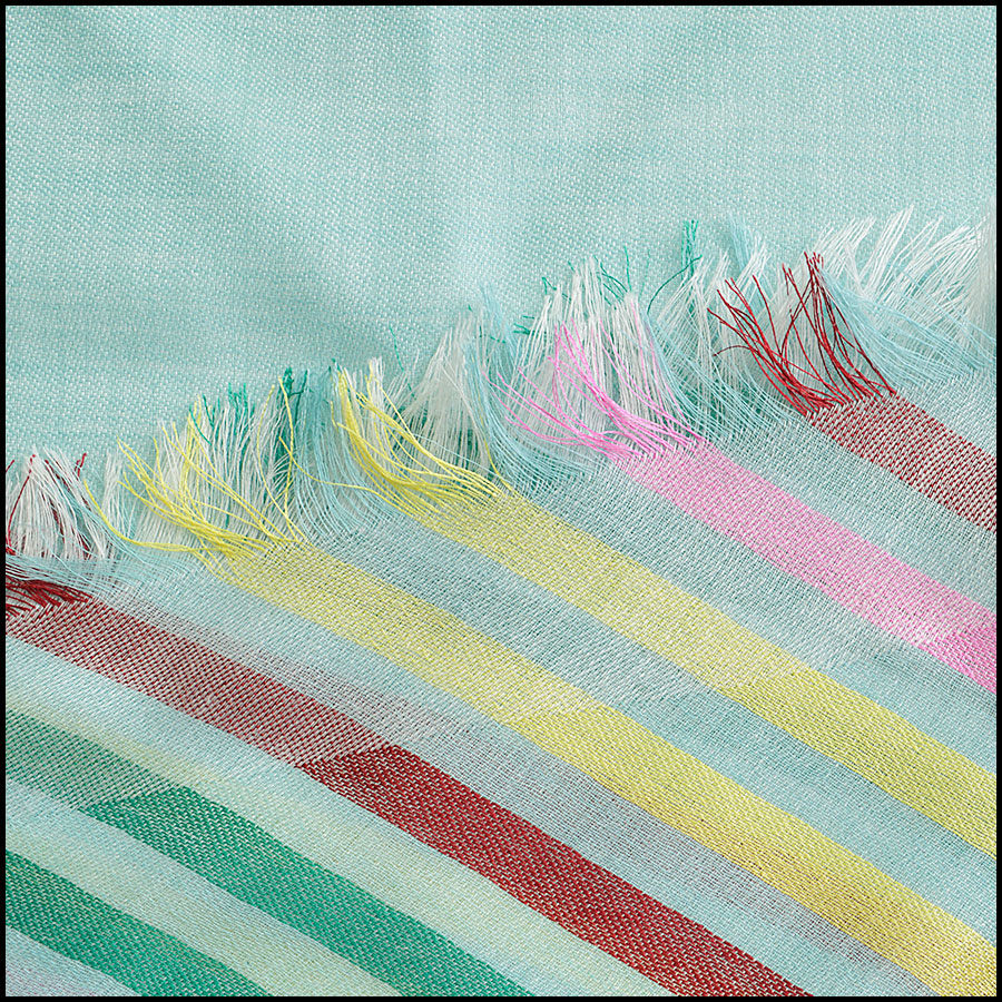 RDC8775 Chane Mint striped Triangle Scarf close up