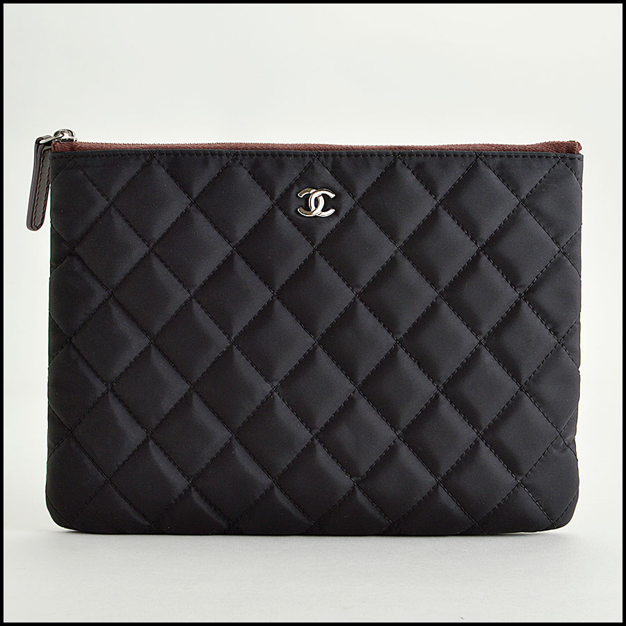 RDC8160 Chanel Black Quilted Nylon 'O' Case