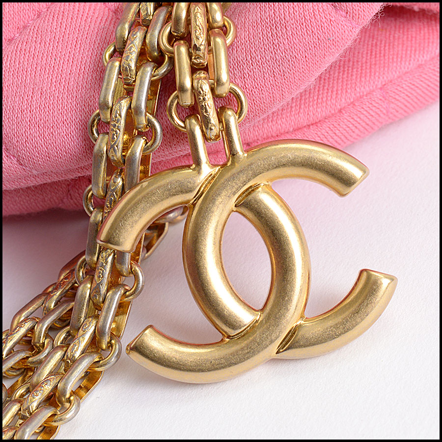 RDC9954 Chanel Mademoiselle close up