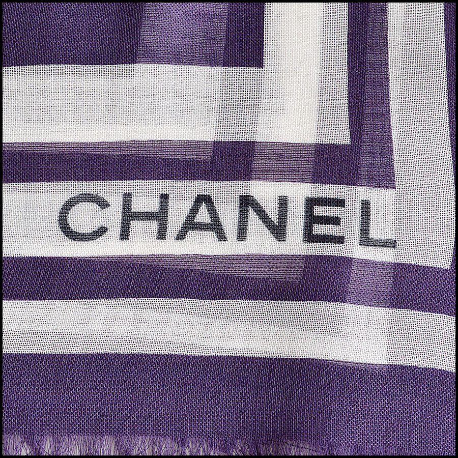 RDC8018 Chanel Plum and White Polka Dots wing pin shawl logo