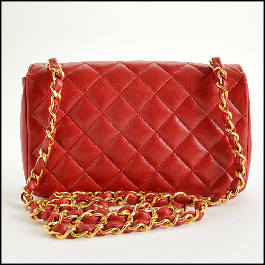 RDC7896 Chanel Vintage red quilted classic handbag back