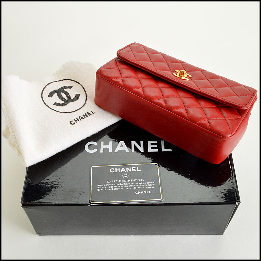 RDC7896 Chanel Vintage red quilted classic handbag extras