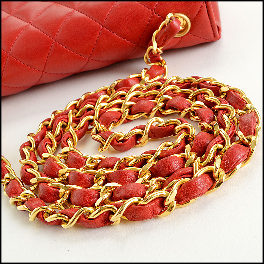 RDC7896 Chanel Vintage red quilted classic handbag handle