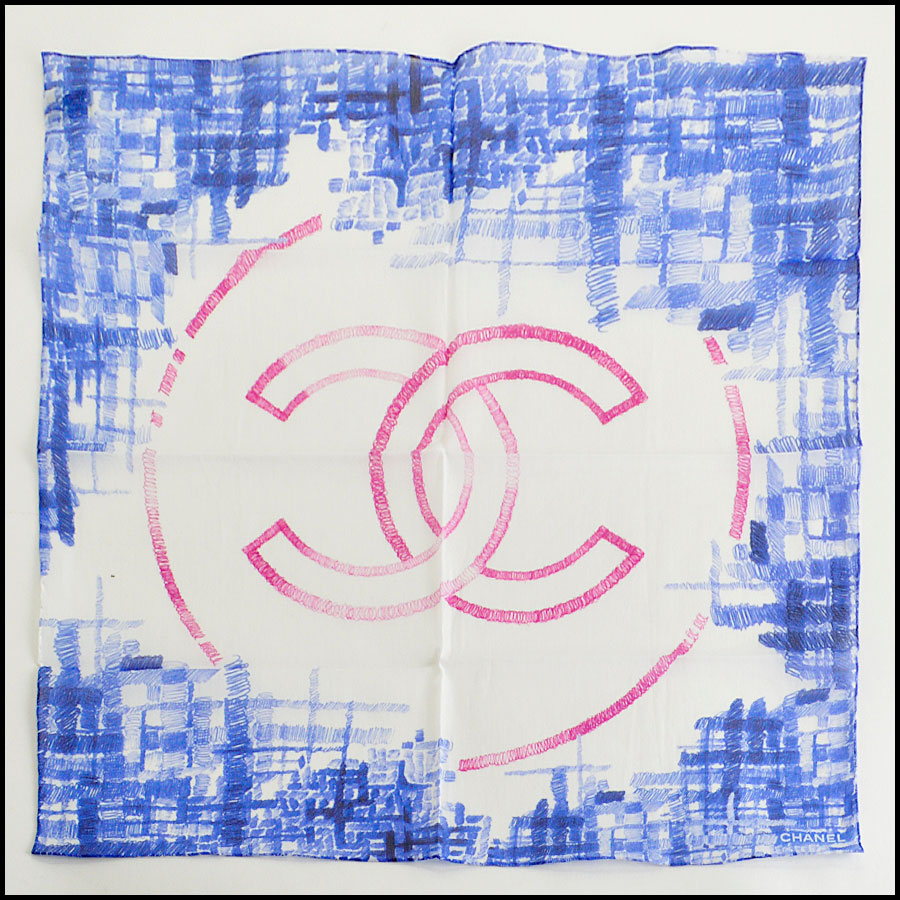 RDC7991 Chanel Blue and white scribble CC logo scarf