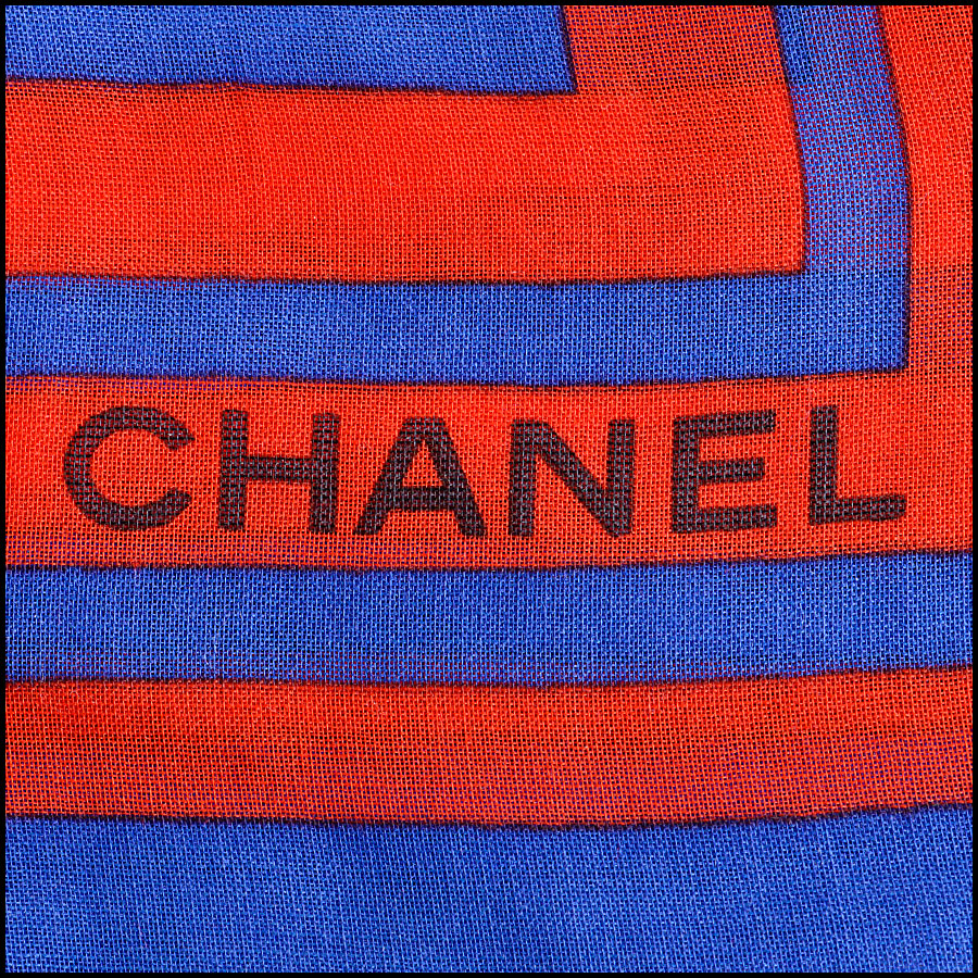 RDC8017 Chanel Royal Blue and Red Polka Dots wing pin shawl logo