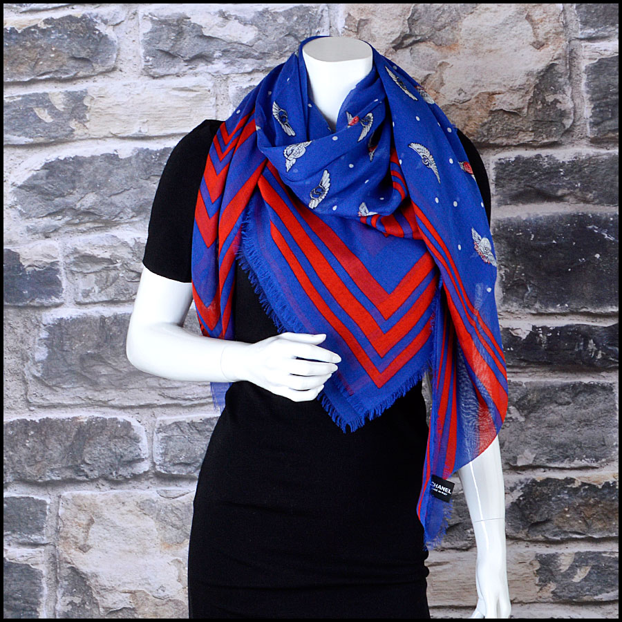 RDC8017 Chanel Royal Blue and Red Polka Dots wing pin shawl model