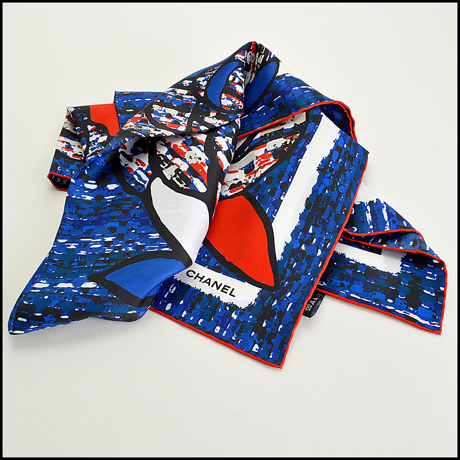 RDC7790 chanel red white blue tweed scarf fold