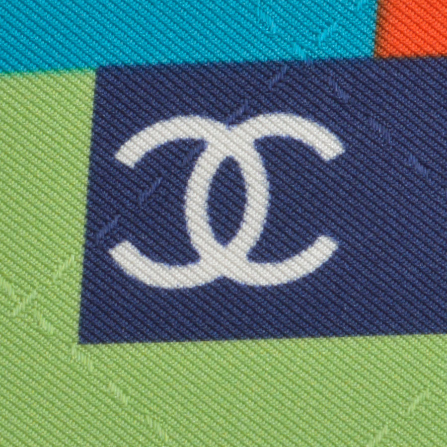 RDC8743 Chanel sorbet pixalated scarf tag 3