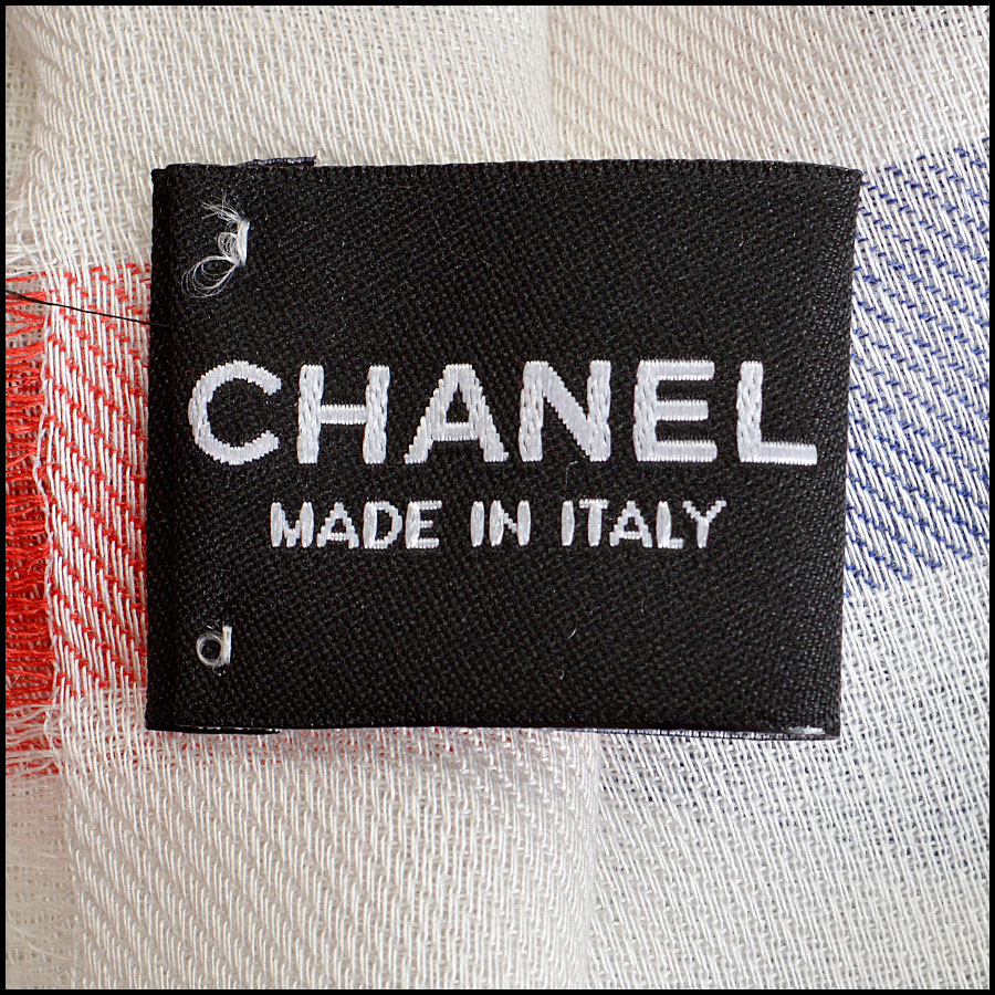 RDC8013 Chanel White, Blue/ Red stamp CC Logo scarf tag 2