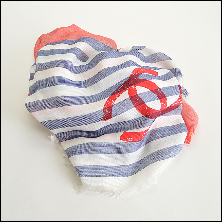 RDC8013 Chanel White, Blue/ Red stamp CC Logo scarf fold