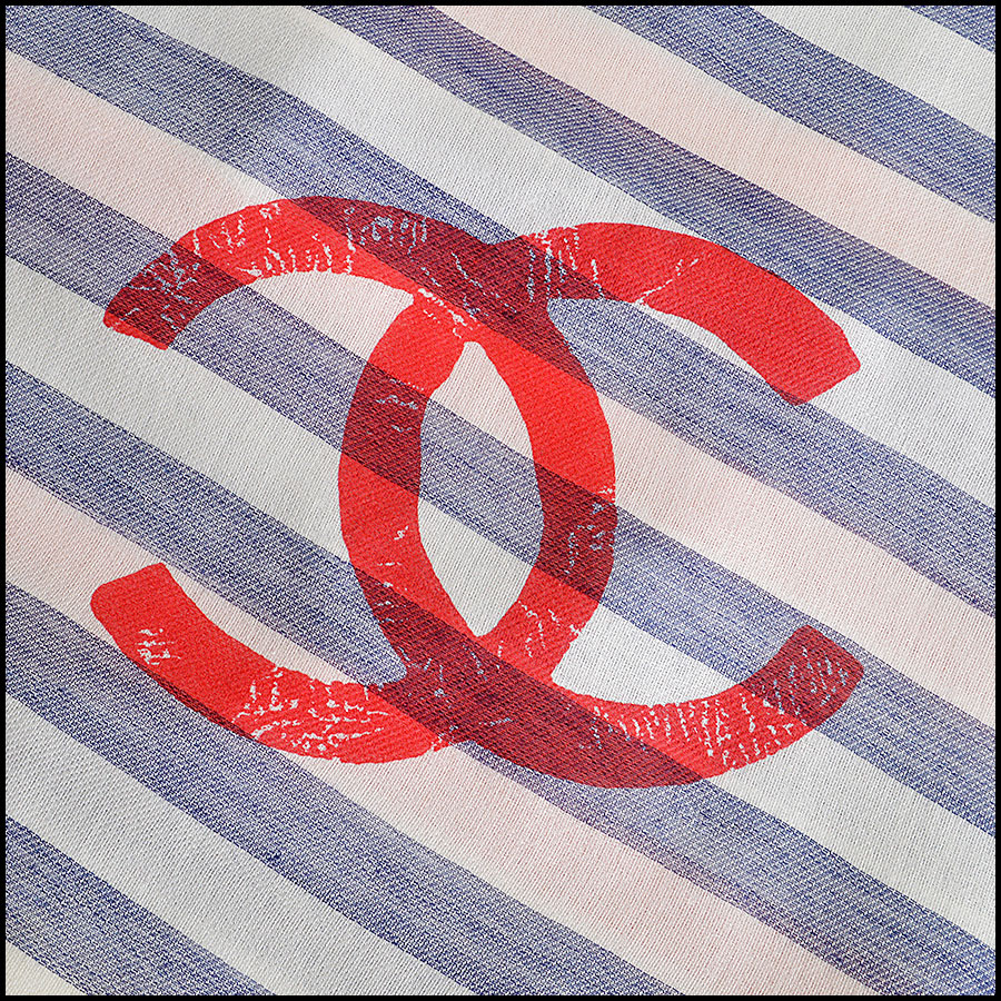RDC8013 Chanel White, Blue/ Red stamp CC Logo scarf logo