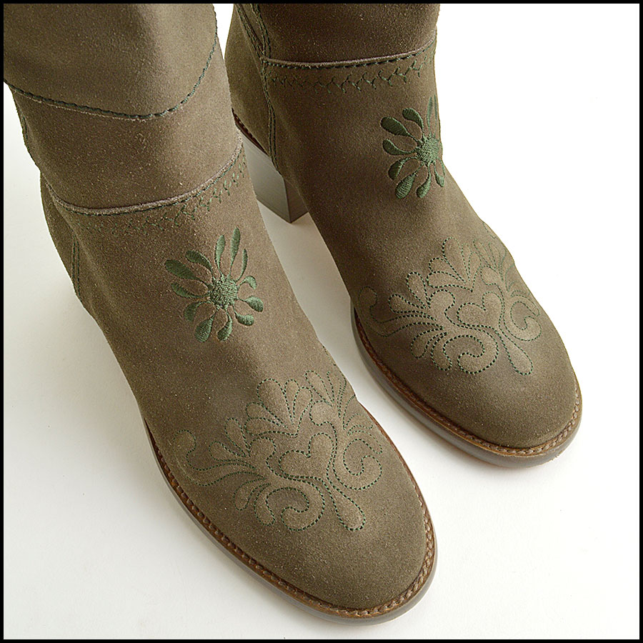 RDC8858 Chanel Green Boots top