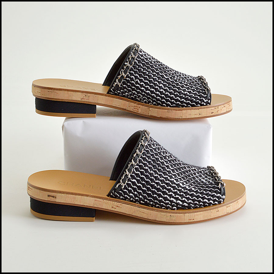 RDC8433 Chanel Black and White Tweed Slides side