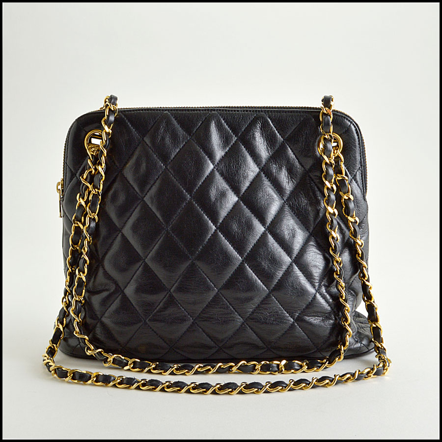 RDC8422 Chanel Vintage Black Quilted Bag