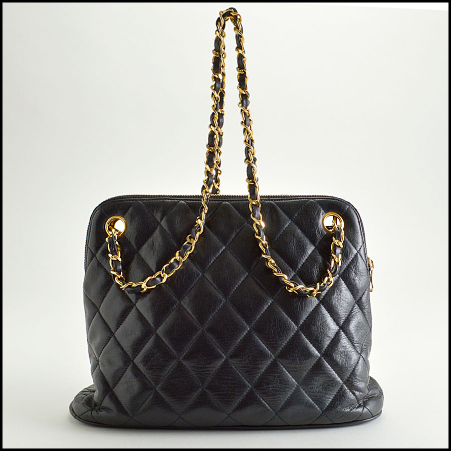 RDC8422 Chanel Vintage Black Quilted Bag back