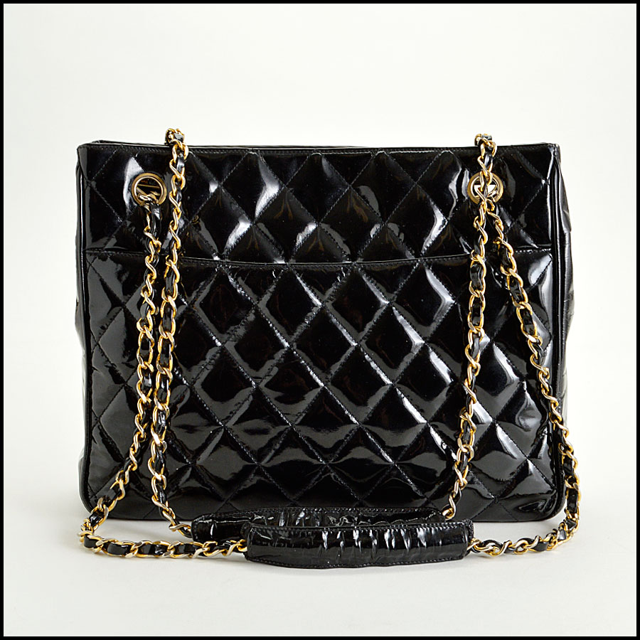 RDC7944 Chanel patent shopper back
