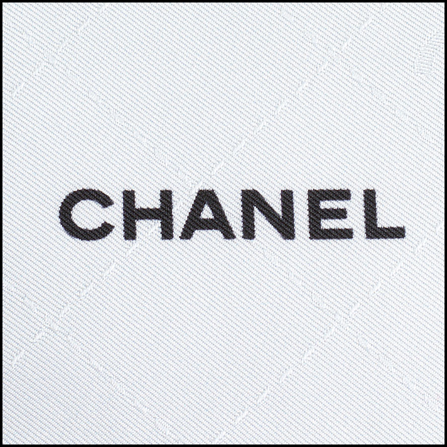 RDC9738 Chanel Summer '18 Grey & Blue Timeless Splash 90cm Silk Scarf logo