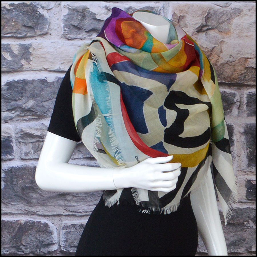 RDC8786 Chanel Water Color Flowers Scarf model