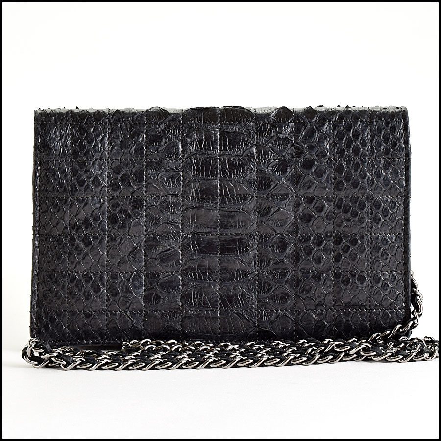 RDC9155 Chanel Wallet On Chain back