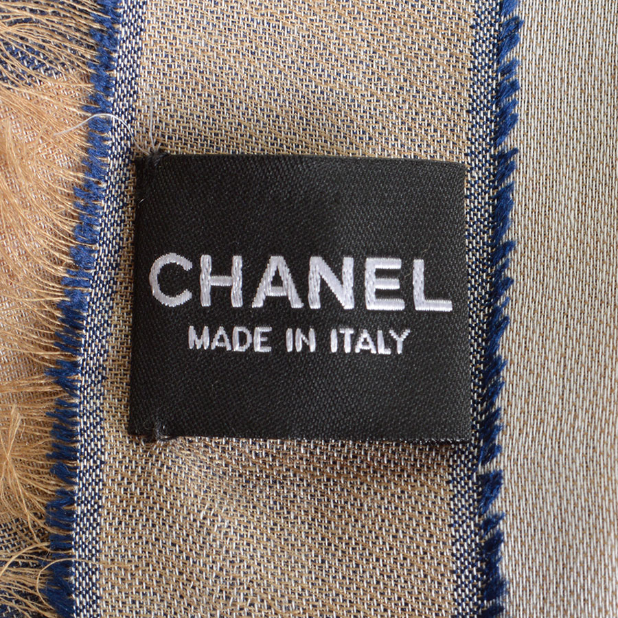 RDC8011 Chanel Khaki and Blue fly around the world shawl tag 2